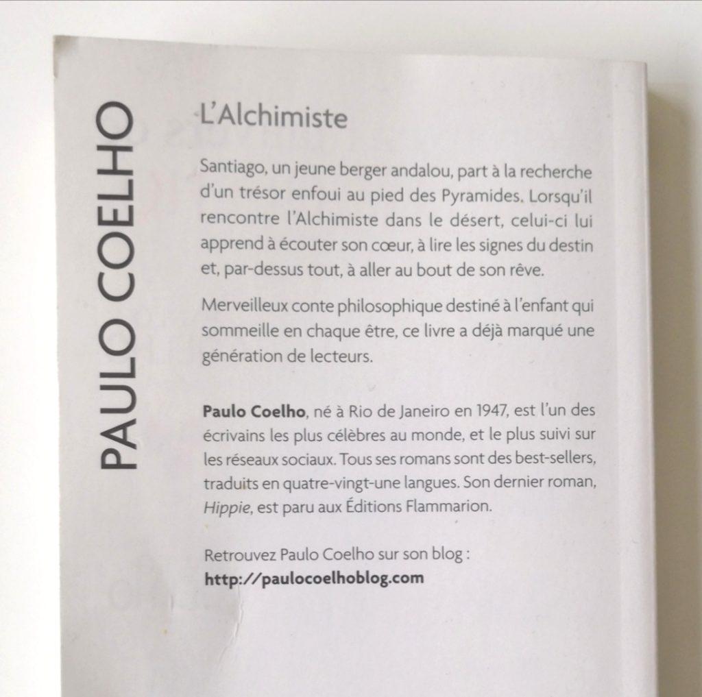 4eme de couverture de l'Alchimiste de Paulo Coelho. Merveilleux conte philosophique.
